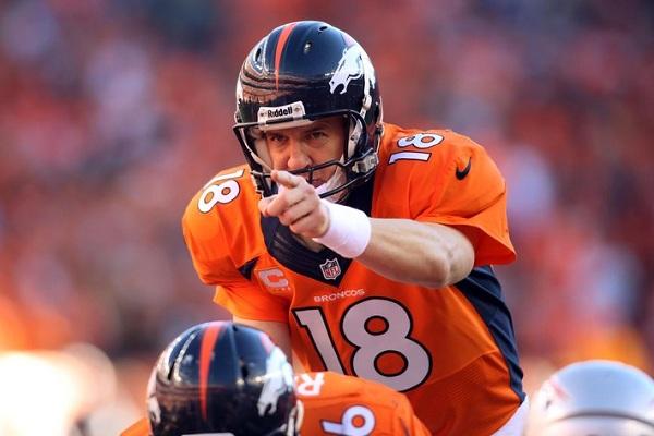Reverra-t-on un jour Peyton Manning derrière son centre ?