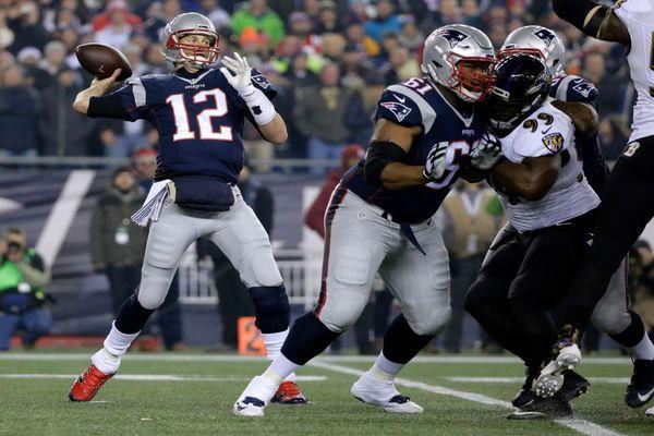 Brady dépasse les 400 yards face aux Ravens