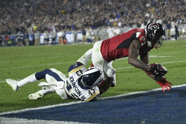 Julio Jones a inscrit le touchdown du break pour Atlanta.