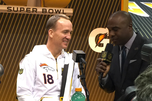 Peyton Manning répond à Marshall Faulk