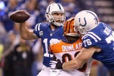 Luck dominateur face aux Bengals
